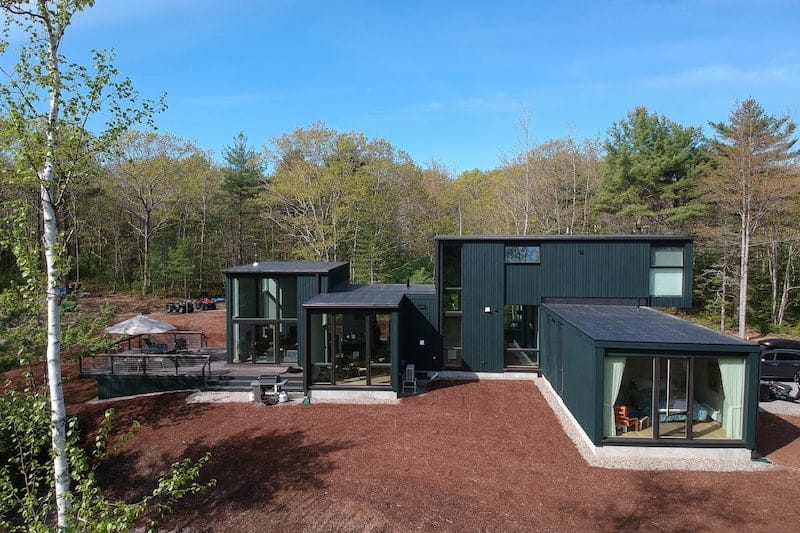 Best Airbnbs in Kennebunkport - Green Camp | Modern Retreat Among The Pines