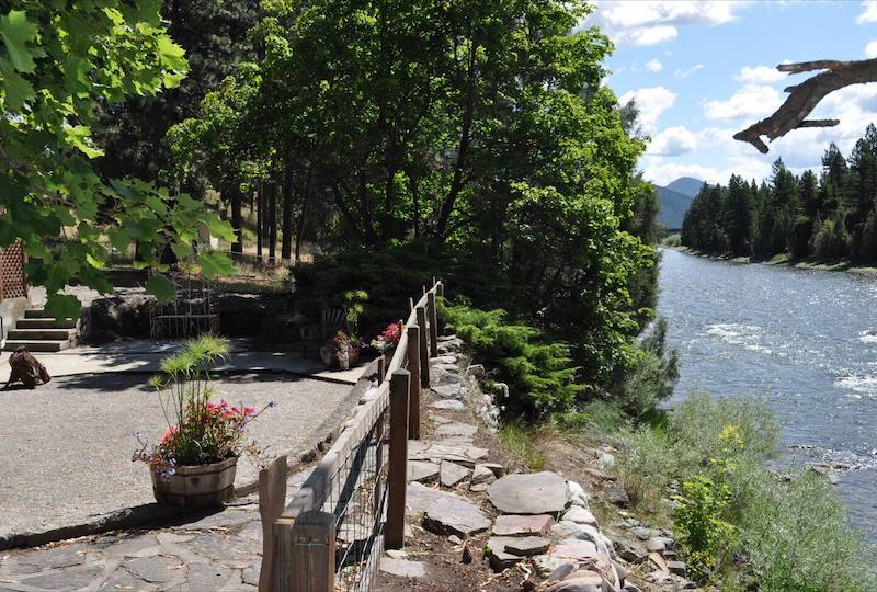 Jim's River Getaway - Easy Missoula Access