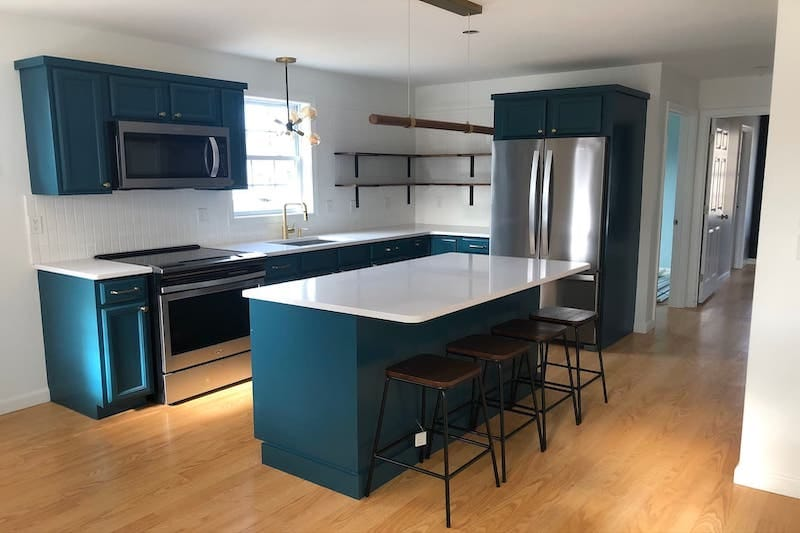 Newly Renovated Airbnb Close to Dock Square
