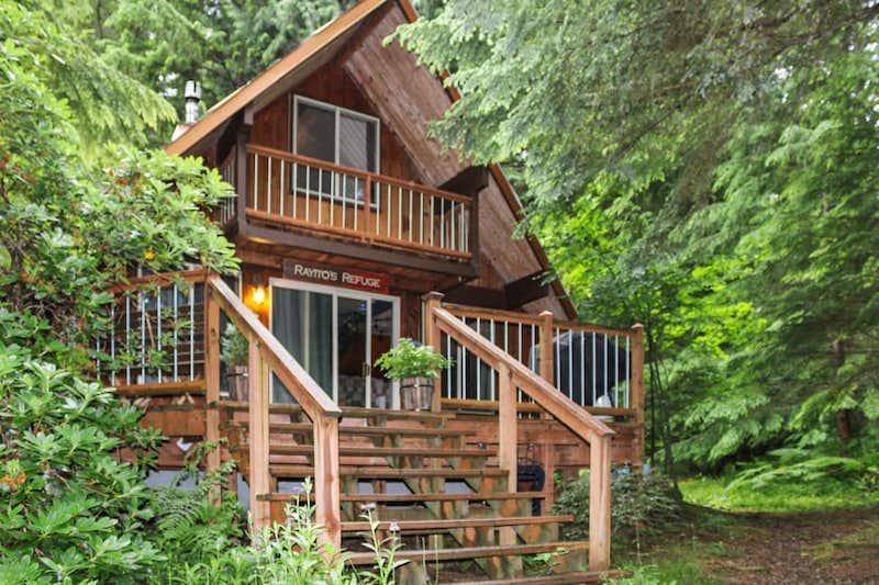 Rainier Cabin-Hot Tub:Sauna & Wood Stove