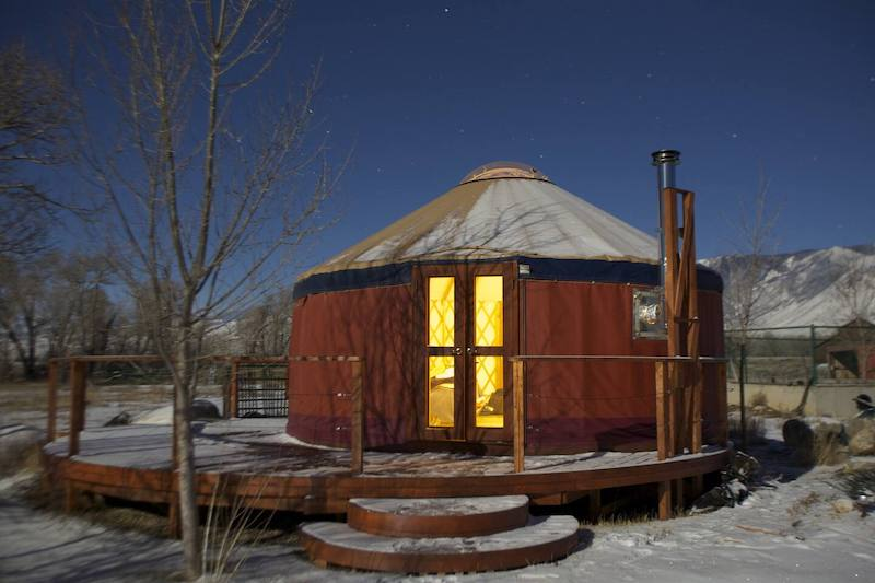 Sun and Moon (Private Yurt!)