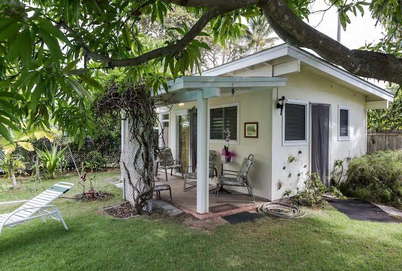 Tropical Garden Cottage in Kailua