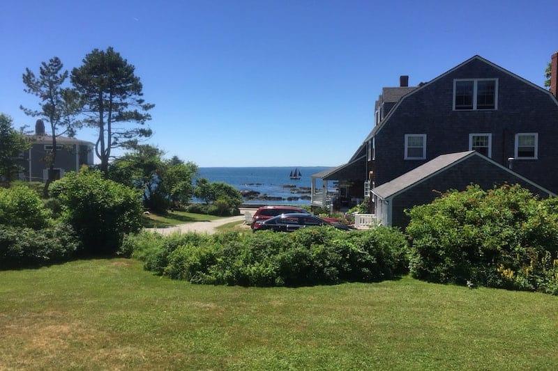 Victorian Cottage Overlooking the Ocean