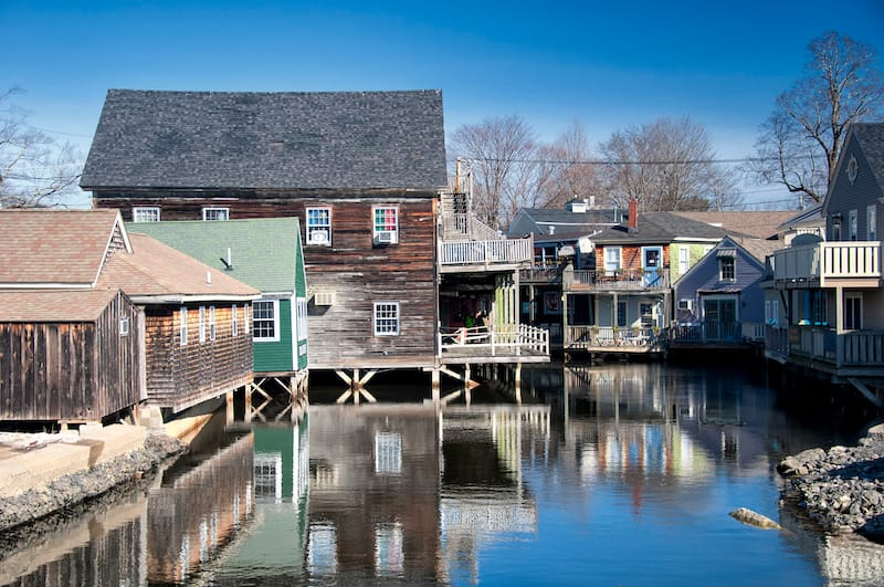 Wooden homes in Kennebunkport Maine