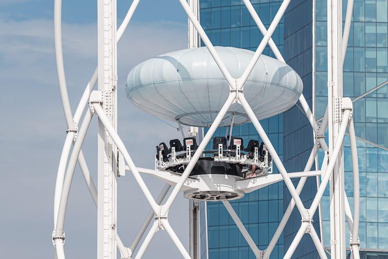 Flying Cup in Dubai - frantic00 - Shutterstock.com