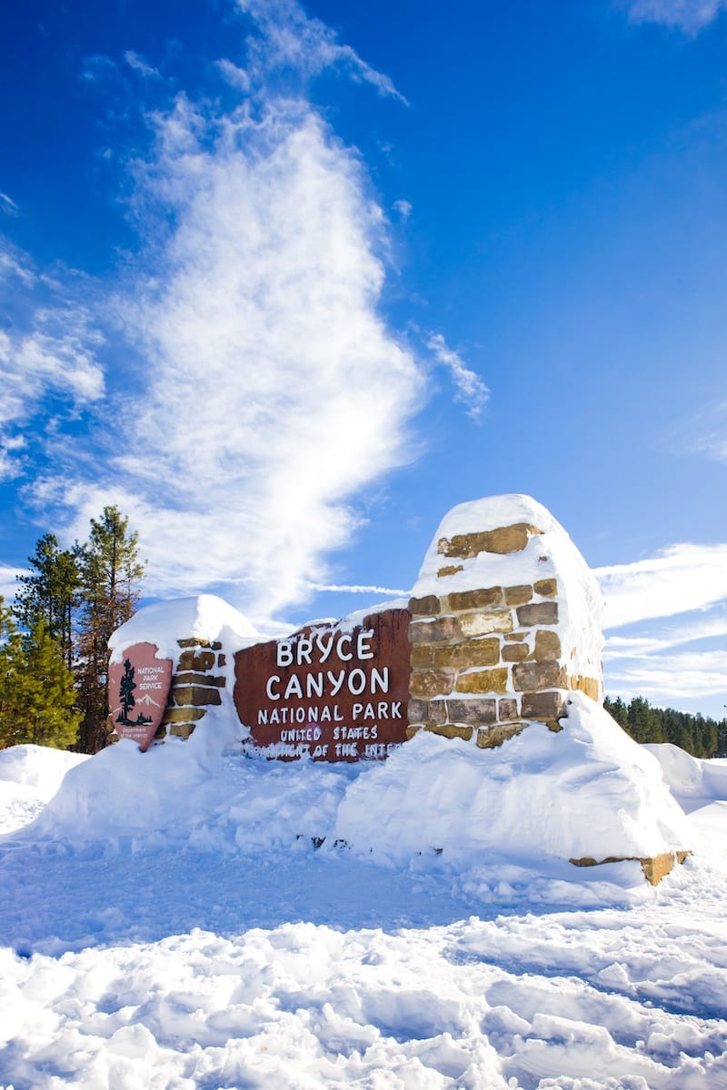 Entrance to Bryce Canyon in winter