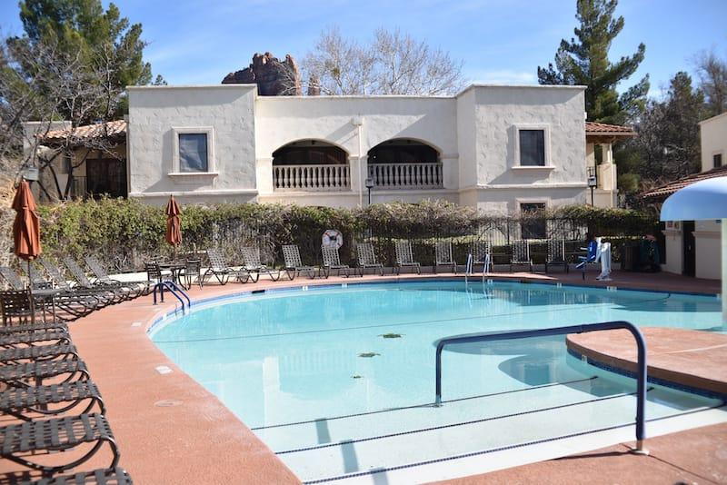 Los Abrigados Resort & Spa - Paul R. Jones - Shutterstock.com