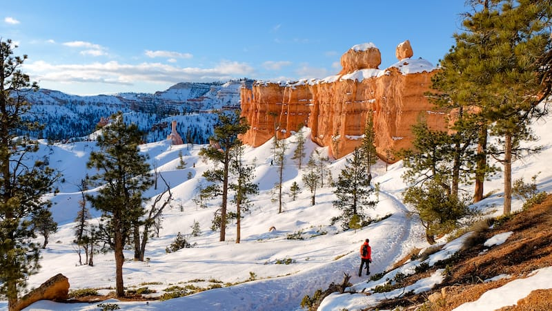 Winter hiking in Bryce Canyon