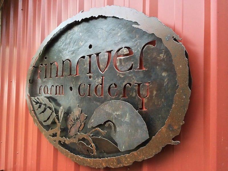 Finnriver Farm & Cidery via Adam Barhan (CC BY 2.0 Flickr)